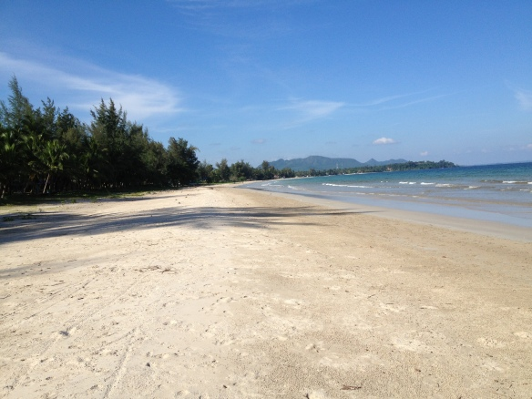The beautiful unspoilt beach  at Chumphon.....