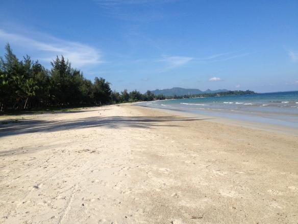 The beautiful unspoilt beach  at Chumphon.....