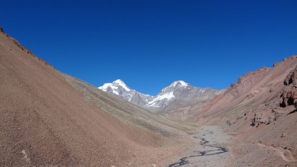 And more of the mountain comes into view - Aconcagua is on the left.