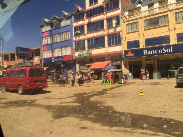 The main street of El Alto.